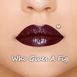 Too Faced Tutti Frutti Lip Glaze, Who Gives A Fig